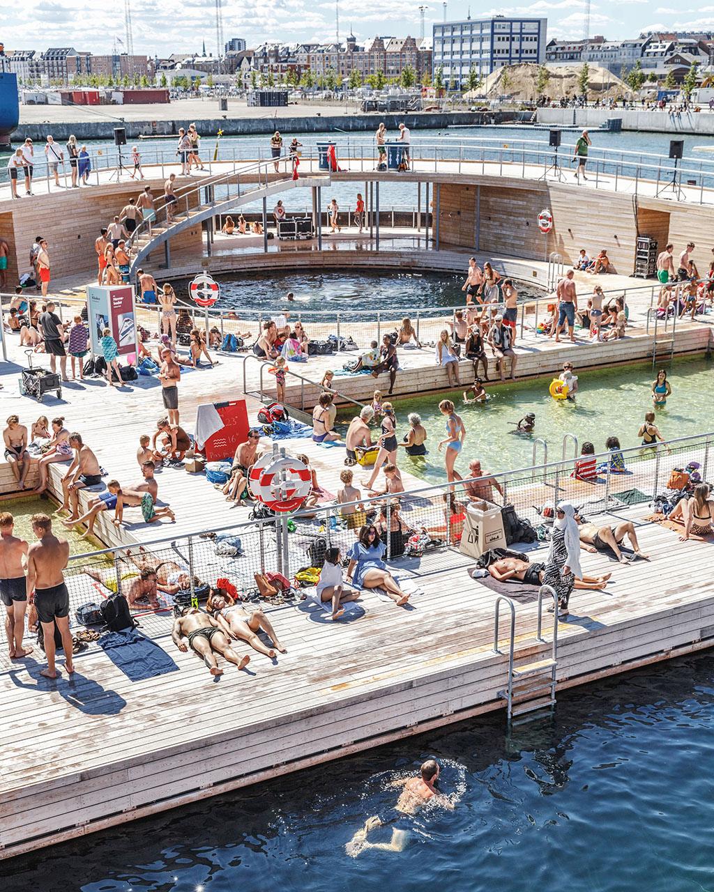 Купальня и бассейны в Копенгагене Дания