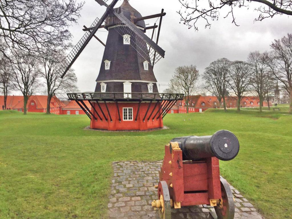 Крепость Кастеллет в Копенгагене Дания
