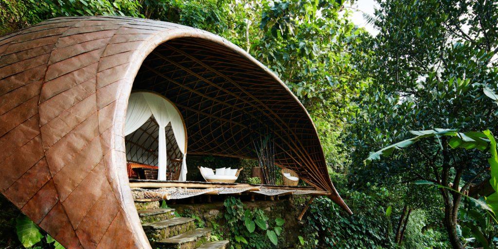 Отель Bambu Indah на Бали