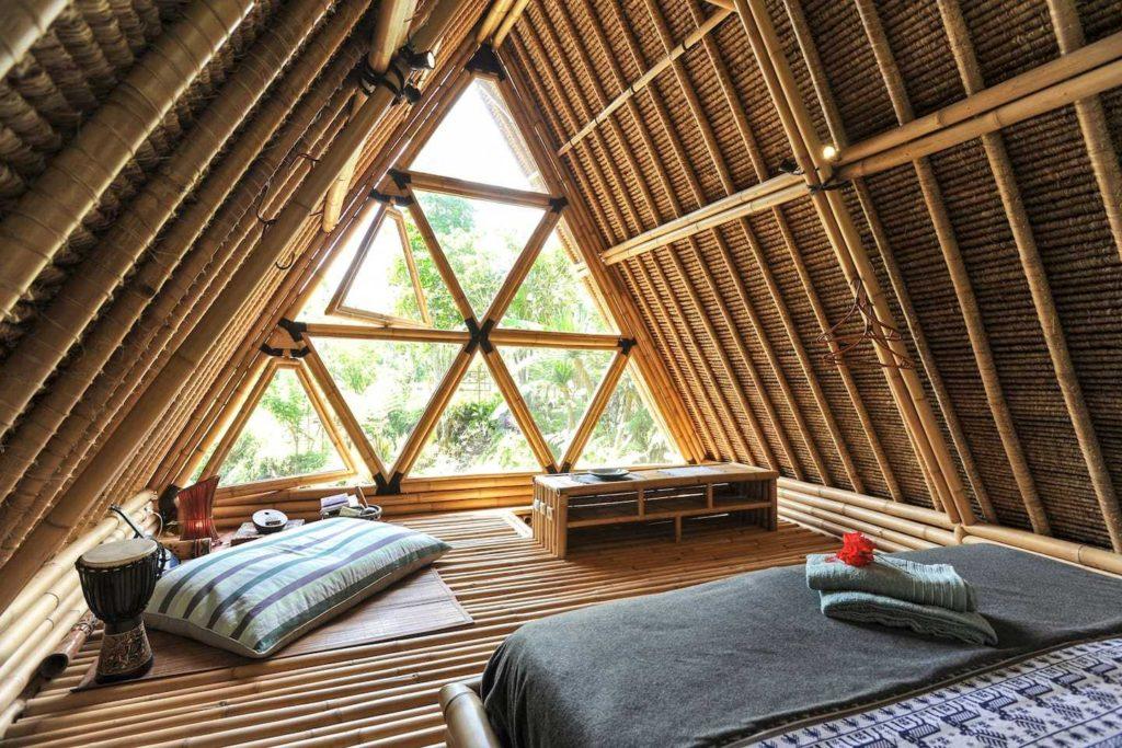 Отель из бамбука Hideout Bali на Бали