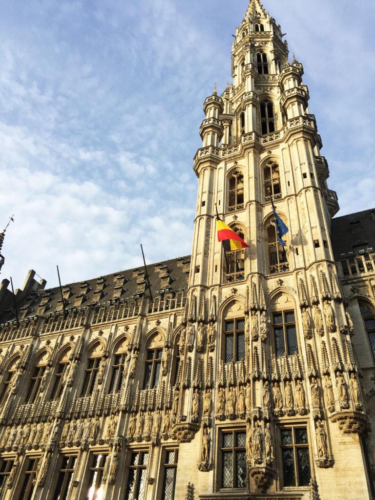 Ратуша Брюсселя на площади Гранд-Плас