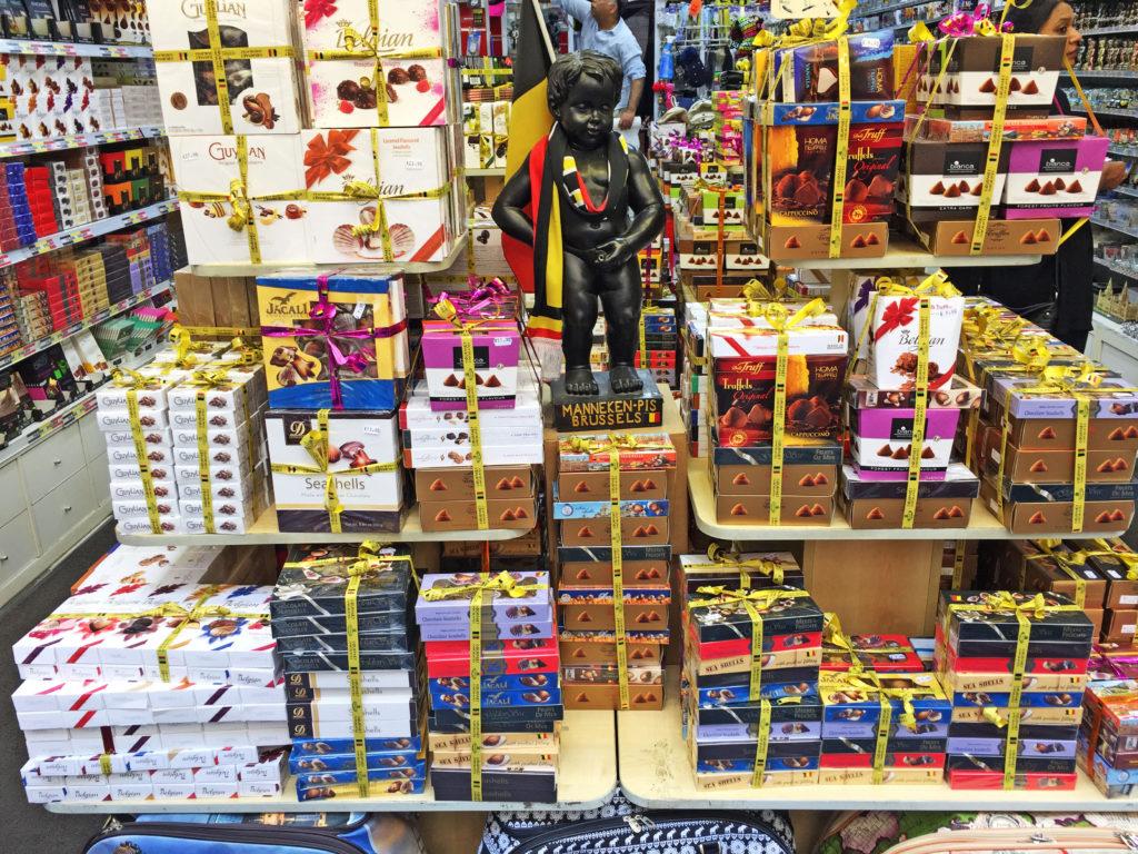 Сладости и конфеты в магазине Брюсселя в Бельгии