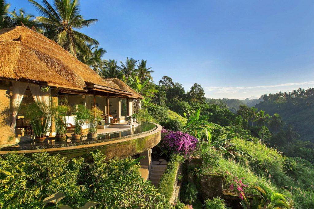 Отель на Бали с панорамным бассейном фотография