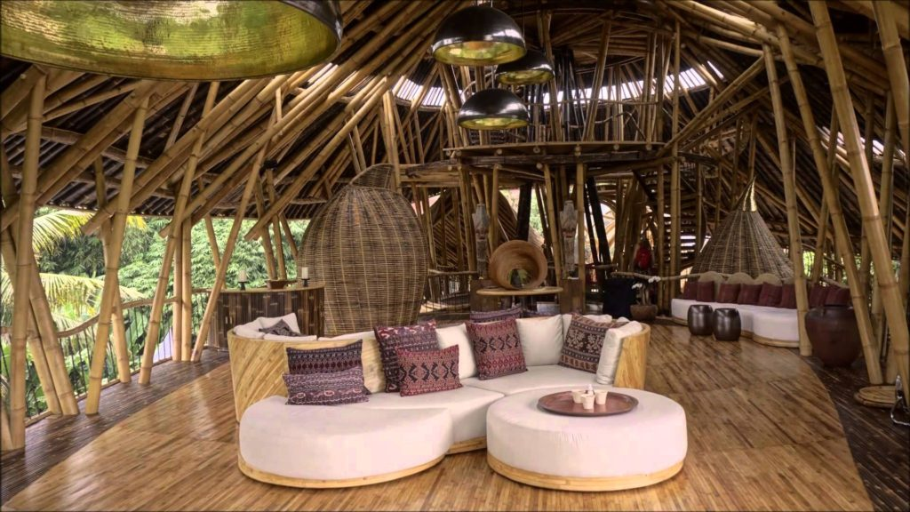 Отель Sharma Springs на Бали вид внутри
