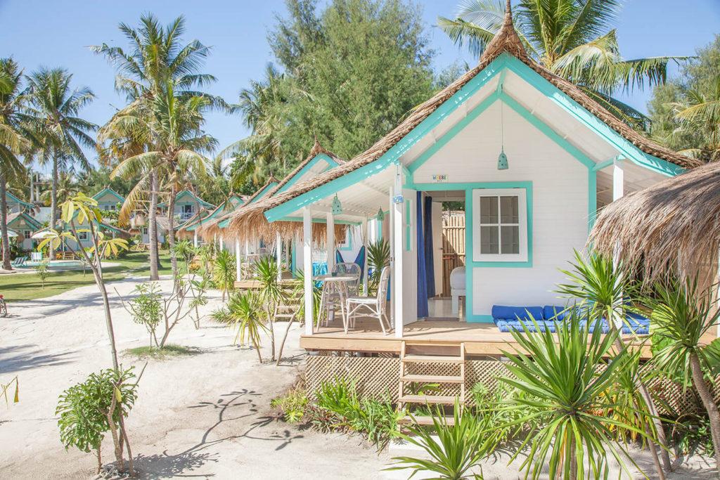 Отель домики на побережье Le Pirate на Бали