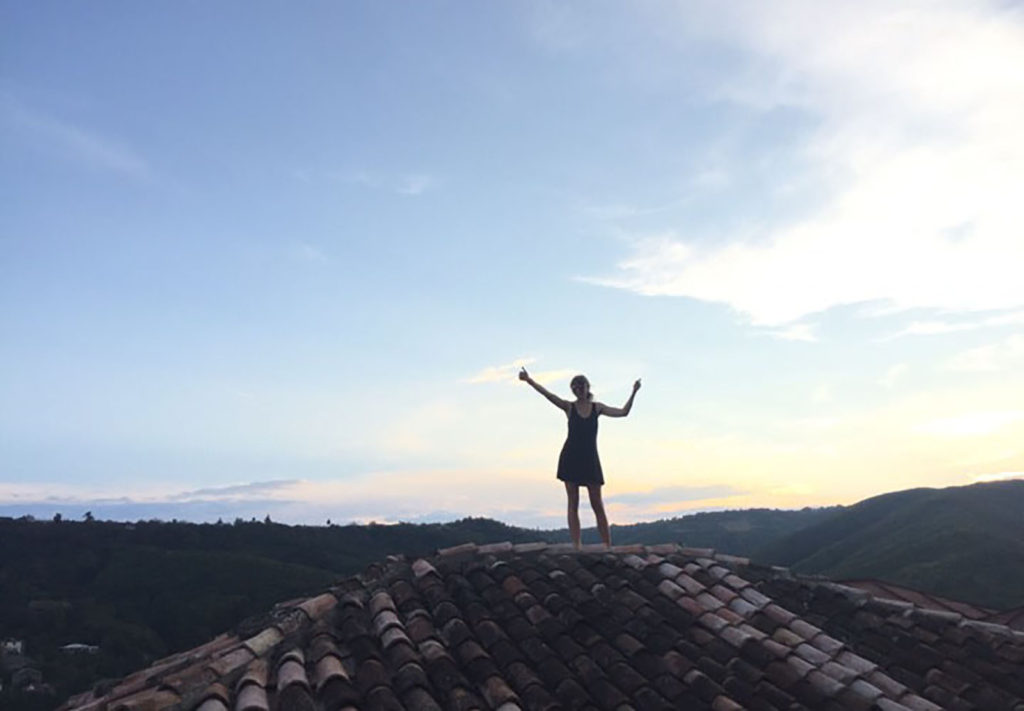 Прогулка по крышам в Сигнахи